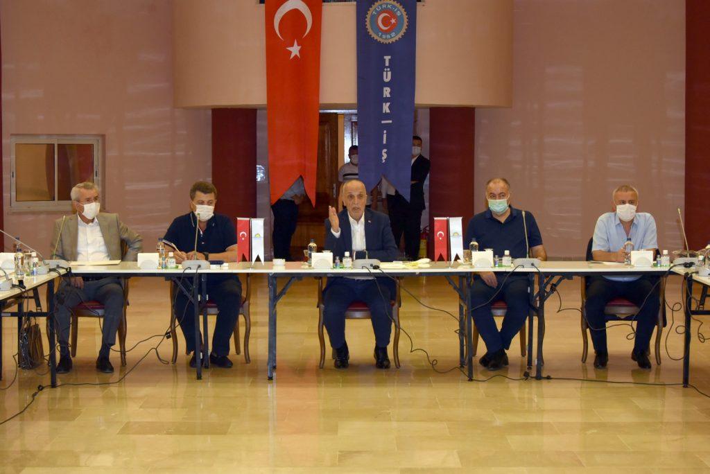 Türk İş Asgari Ücret