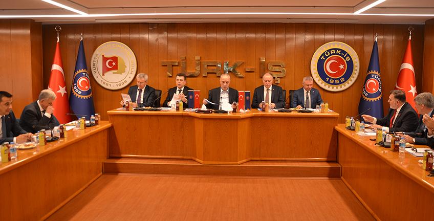 Türk -İş Başkanlar Kurulu